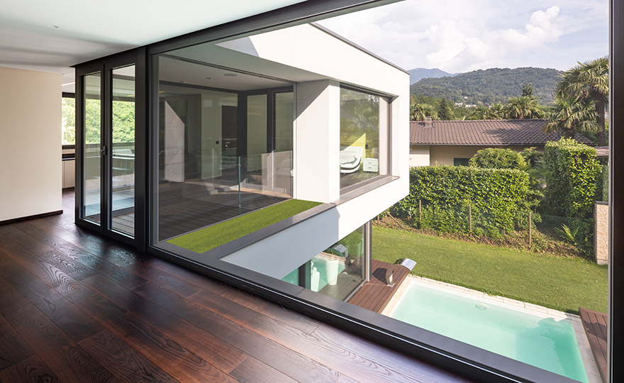 Sealing profiles doors